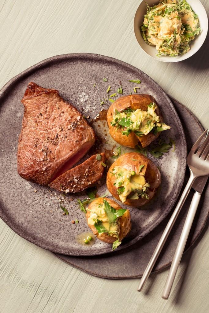 hueftsteak-ofenkartoffeln-bitterbuch-haedecke-verlag-foodundtext